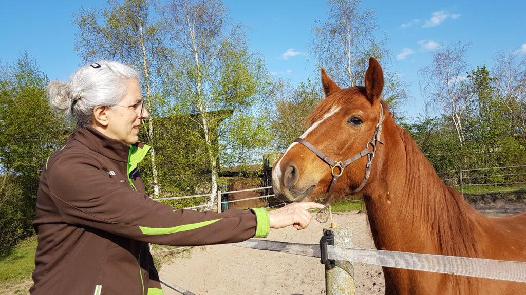 Foto: Ulla Viering mit Pferd Sunny